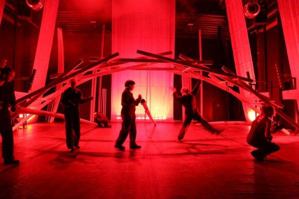2017-11-17: NO34 Revolution, najnowszy spektakl NO99 z Estonii w Powszechnym
